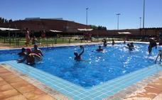 El Ayuntamiento de Astorga consolida sus piscinas de verano como centro de ocio acuático