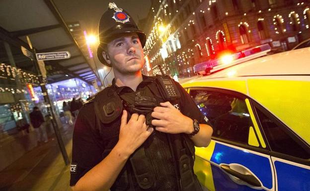 Tiroteo durante carnaval en Manchester deja 10 heridos