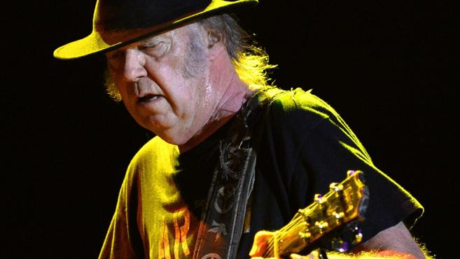 Neil Young brilla en la última jornada del Mad Cool