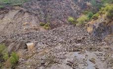 La pedánea de Peñalba reclama que se arregle la carretera de acceso al pueblo para evitar nuevos desprendimientos