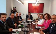 Feijóo, a favor de incluir la línea Monforte-Ponferrada en el Corredor Atlántico europeo