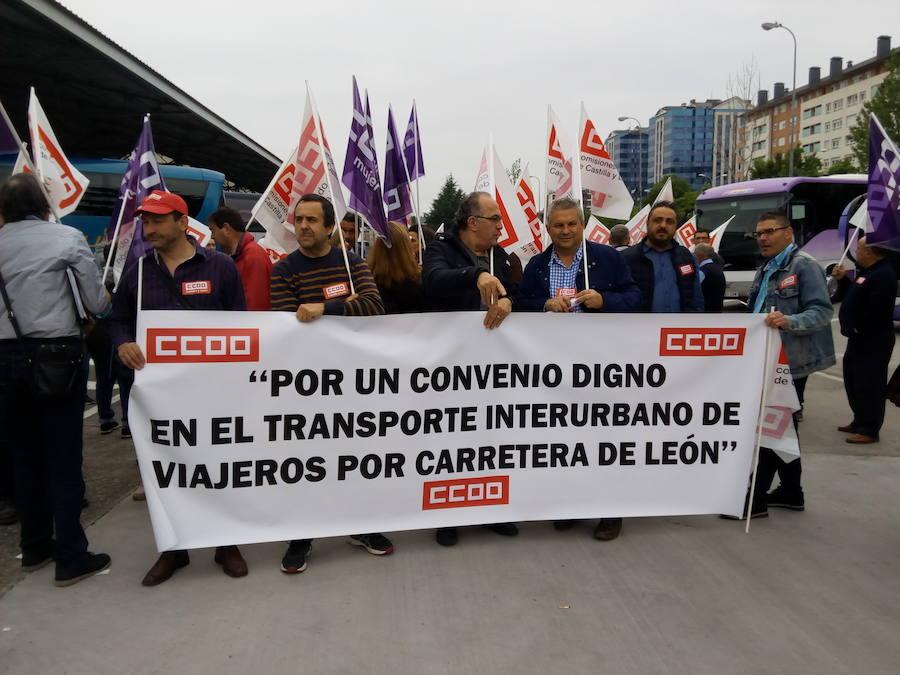 Concentración en Ponferrada de los trabajadores del transporte interurbano de viajeros