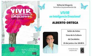 El 'coach' Alberto Ortega presenta en Cacabelos su libro 'Vivir en inteligencia emocional'