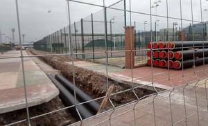 Compostilla critica el inicio «sin avisar» de las obras de construcción de la red de calor