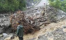 Diputación cifra en tres millones la solución a los derrumbes en la carretera del Oza
