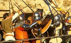 La recreación de la revuelta de los Irmandiños atrae a 3.400 visitantes al Castillo de Ponferrada durante el fin de semana