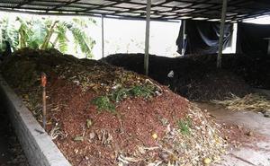 Toreno promociona su proyecto de compostaje comunitario y ofrece visitas guiadas a las instalaciones