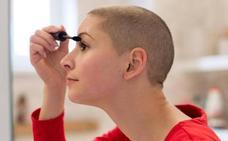 Ponferrada se une por primera vez al programa 'Ponte guapa, te sentirás mejor' de ayuda a pacientes con cáncer