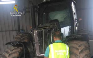 Recuperan un tractor robado en junio en Cabañas Raras y detienen a los autores del hurto