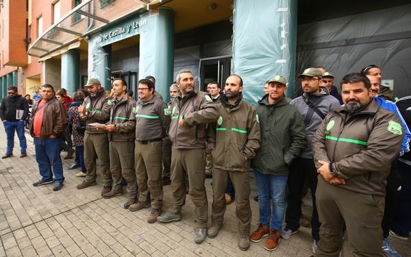 Concentración de agentes forestales en Ponferrada