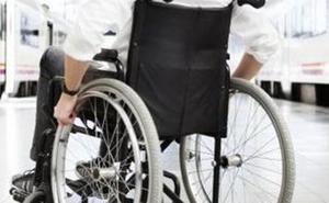 Cocemfe imparte en Ponferrada un curso de asistente personal de personas con discapacidad