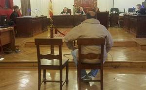 El TSJCyL confirma los tres años de cárcel para el hombre que lanzó un cóctel molotov a un albergue de Villafranca del Bierzo