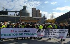 Los trabajadores de Cosmos defienden que la valorización energética salvará sus empleos