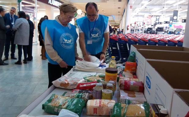 El Banco de Alimentos del Sil busca voluntarios para la campaña de 'La Gran Recogida'