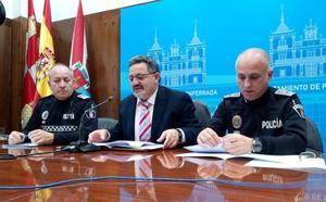 El plan de seguridad de Navidad en Ponferrada incrementa con seis agentes la presencia policial