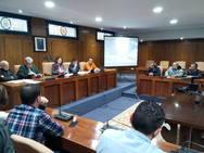 Ponferrada presenta a la Fele y las asociaciones de vecinos el proyecto urbanístico para el solar del antiguo Carrefour