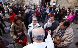 Por San Antón «una ayuda a los que más ayudan»