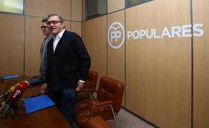 El PP de Cacabelos acusa al alcalde de «vulnerar los derechos» de la oposición tras dos meses sin plenos ordinarios