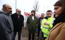 «Las visitas políticas se agradecen, pero no han aportado nada», lamenta el portavoz de los auxiliares de Compostilla