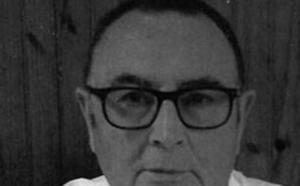 El berciano Antonio Esteban González presenta en Carracedelo su libro 'La inevitable muerte de don Miguelín Lanuza'