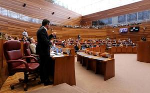 Los auxiliares de Compostilla piden apoyo a los grupos de las Cortes para lograr un plan social de Endesa