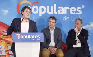 El PP leonés respalda a Mañueco y demanda «lealtad» tras la brusca salida del partido de Silvia Clemente