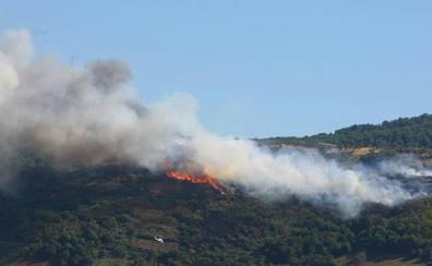 La Junta defiende la existencia de «medios suficientes» para la extinción después de que la provincia de León sufriera siete incendios en el día de ayer