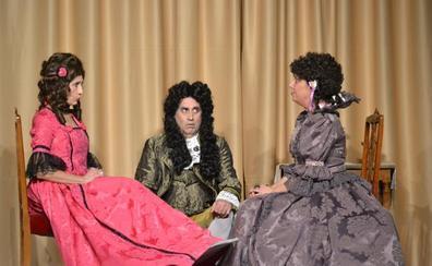 El Teatro Gil y Carrasco de Villafranca del Bierzo se transforma en el palacio de Versalles para celebrar el Carnaval