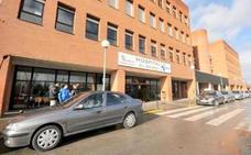 Sanidad destina casi un millón de euros para 670 operaciones en el Área del Bierzo