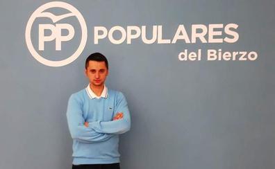 El PP del Bierzo presenta en Benuza a su candidato a alcalde más joven en la comarca