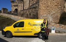 Correos reanuda este lunes en Ponferrada el transporte de mochilas y maletas de los peregrinos del Camino Francés
