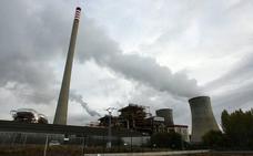 El presidente de la Junta critica la «carrera enloquecida» del Gobierno por apurar los plazos para la transición energética