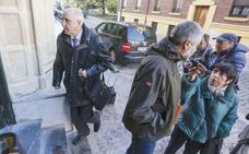 Victorino Alonso se enfrenta a ocho años de cárcel y Murias recuerda que el Ayuntamiento cumplió con la legalidad