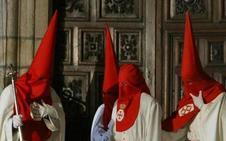 La Real Hermandad Jesús Nazareno de Ponferrada consigue la libertad de un preso con motivo del Acto del Perdón
