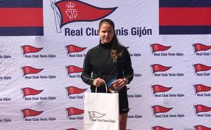 Raquel Villán, campeona júnior y subcampeona absoluta del Open de Tenis Liberbank de Gijón