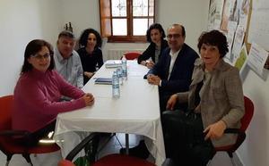Marco Morala traslada a la AECC su compromiso con la sanidad y su voluntad colaborativa con la asociación