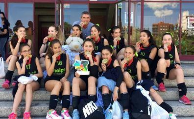 El infantil femenino de La Asunción, campeón autonómico escolar por quinta vez