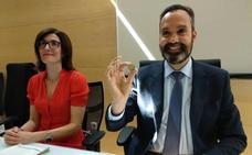 Una moneda al aire da la pedanía de Fresnedelo a la Peña El Paredón y el PSOE llevará la de Trabadelo al renunciar CB