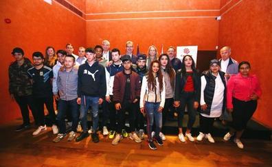 Los talleres de Cáritas y la Fundación Endesa forman a 16 bercianos desempleados en riesgo de exclusión social