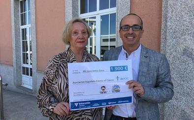 Cementos Cosmos dona 1.900 euros recaudados en dos campañas solidarias a la Aecc del Bierzo