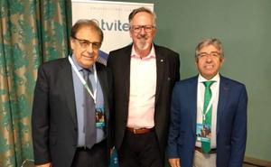 La empresa Tvitec inicia las obras de su nueva fábrica de carpintería de aluminio en El Bayo que abrirá en marzo de 2020