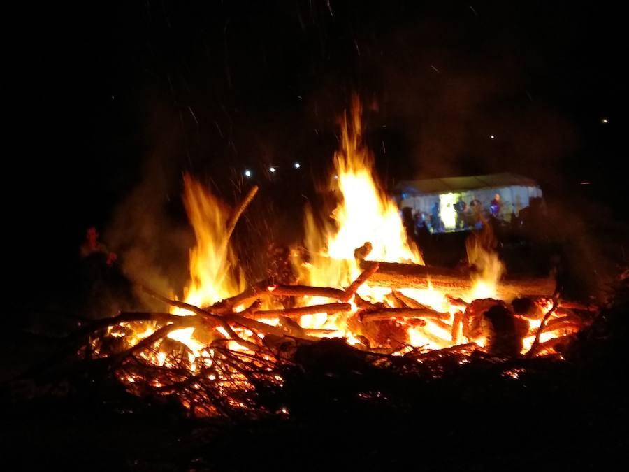El Bierzo vive la noche mágica de San Juan