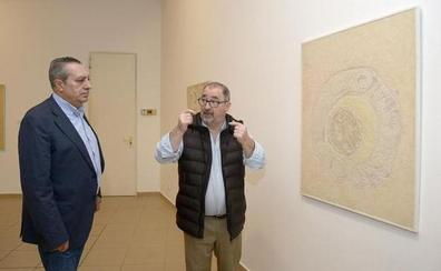 La Casa de las Culturas de Bembibre ofrece una 'Retrospectiva' sobre la obra del pintor Andrés Viloria