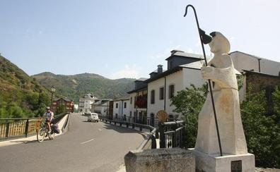 Las universidades de León y Vigo estudian en Villafranca el patrimonio natural y cultural del Bierzo