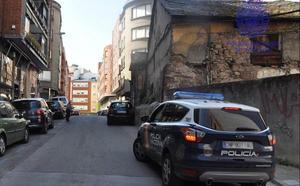 Dos detenidos en Ponferrada por forzar una cabina telefónica y otro por llevar 100 gramos de hachís