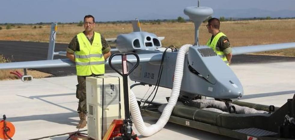 La Junta suspende el vuelo del 'dron' espía del Ejército que disuadía incendios en El Bierzo desde 2017