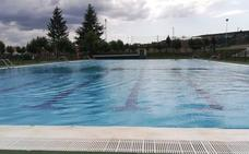 La piscina de Fabero ya está abierta al público y «en perfectas condiciones para el baño»