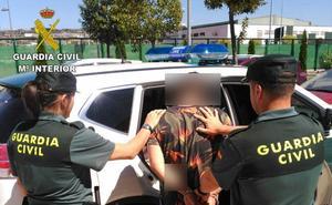 La Guardia Civil detiene a una persona por robos en varias viviendas de Fabero