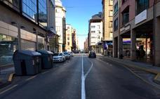 Vecinos y comerciantes de Gómez Núñez se oponen a la eliminación de plazas de aparcamiento y a la limitación del tráfico