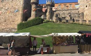 Más de 50.000 personas recorrieron el mercado medieval de las fiestas de La Encina en Ponferrada